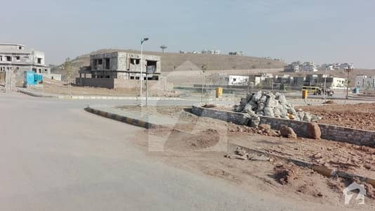 Back Open With Some Extra Land Over Seas5 Size Kanal Block 5 Street 11 Plot 111