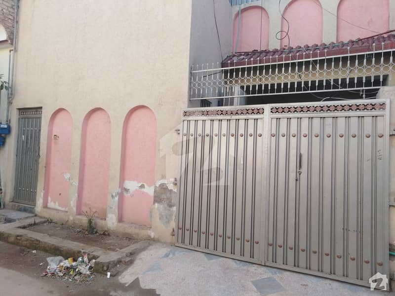حیات آباد فیز 4 - این1 حیات آباد فیز 4 حیات آباد پشاور میں 2 کمروں کا 5 مرلہ مکان 24 ہزار میں کرایہ پر دستیاب ہے۔