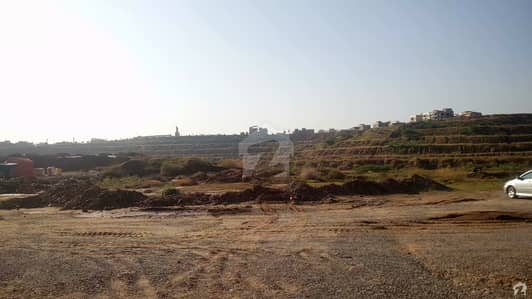 Commercial Plot 2 Kanal Available For Sale