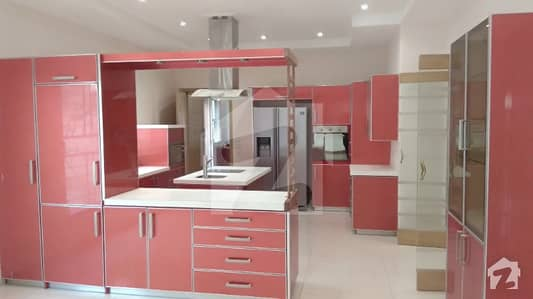 1 Kanal Awesome Bungalow For Rent British Style