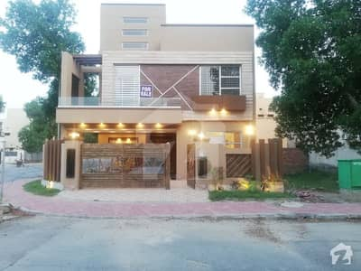 10 Marla House For Rent in Iris Block Sector C Bahria Town Lahore