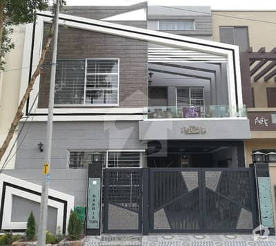 5 Marla House For Rent in Ali Block Sector B Bahria Town Lahore