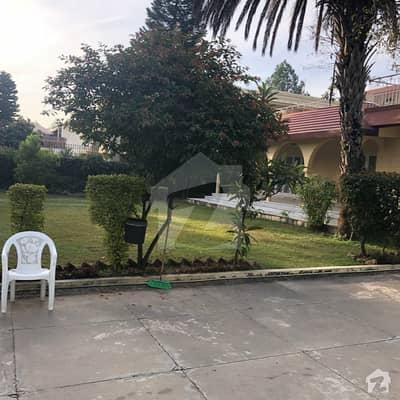 ایف ۔ 7/3 ایف ۔ 7 اسلام آباد میں 5 کمروں کا 2.49 کنال مکان 25 کروڑ میں برائے فروخت۔
