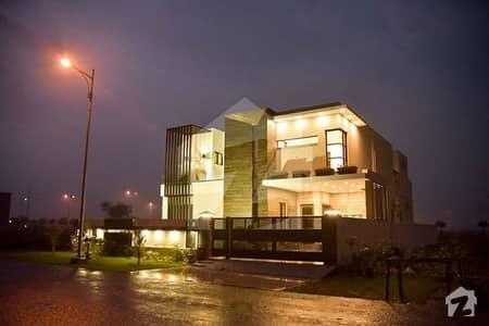 پارک ویو ۔ بلاک اے پارک ویو ڈی ایچ اے فیز 8 ڈی ایچ اے ڈیفینس لاہور میں 5 کمروں کا 1 کنال مکان 1.8 لاکھ میں کرایہ پر دستیاب ہے۔