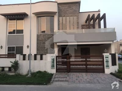 ڈی ایچ اے فیز 1 - سیکٹر اے ڈی ایچ اے ڈیفینس فیز 1 ڈی ایچ اے ڈیفینس اسلام آباد میں 6 کمروں کا 1 کنال مکان 1.1 لاکھ میں کرایہ پر دستیاب ہے۔