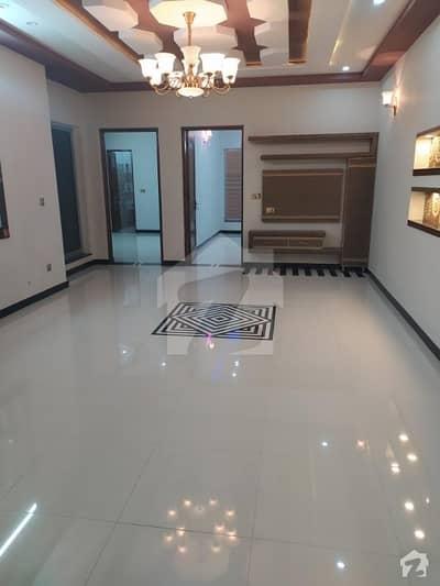 ملٹری اکاؤنٹس سوسائٹی ۔ بلاک ڈی ملٹری اکاؤنٹس ہاؤسنگ سوسائٹی لاہور میں 6 کمروں کا 8 مرلہ مکان 1.6 کروڑ میں برائے فروخت۔