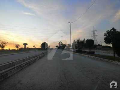 500 Sq Yard Pair Plots Back Open Street 59 Sector C