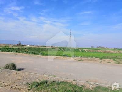 آئی ۔ 12 اسلام آباد میں 8 مرلہ رہائشی پلاٹ 56 لاکھ میں برائے فروخت۔