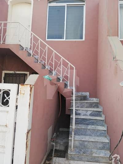 Eden Abad  3 Marla uper porsion for Rent