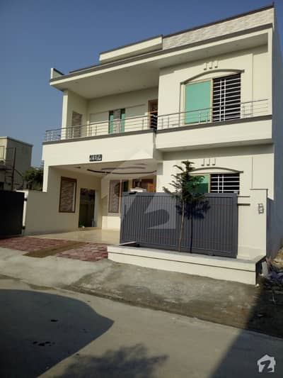 Brand new luxury lush 10 Marla double story house for sale in CBR twon Islamabad