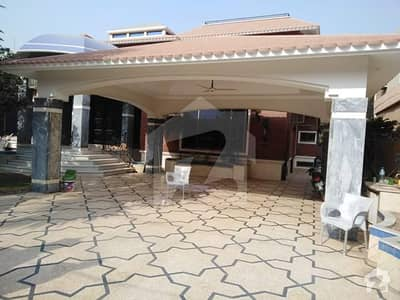 2 kanal used bungalow for sale in dha phase 3 Very prime location low price