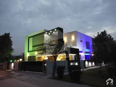 1 KANAL HOUSE BRAND NEW FOR RENT SECTOR C BAHRIA TOWN
