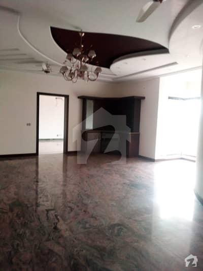 askari 1 2nd floor 3 bed tv lounge kitchen store servant marble flooring