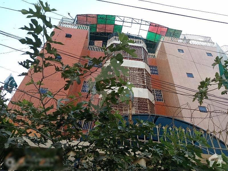 پارسی کالونی جمشید ٹاؤن کراچی میں 5 کمروں کا 9 مرلہ فلیٹ 60 ہزار میں کرایہ پر دستیاب ہے۔