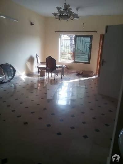 جی ۔ 9/1 جی ۔ 9 اسلام آباد میں 4 کمروں کا 14 مرلہ بالائی پورشن 76 ہزار میں کرایہ پر دستیاب ہے۔