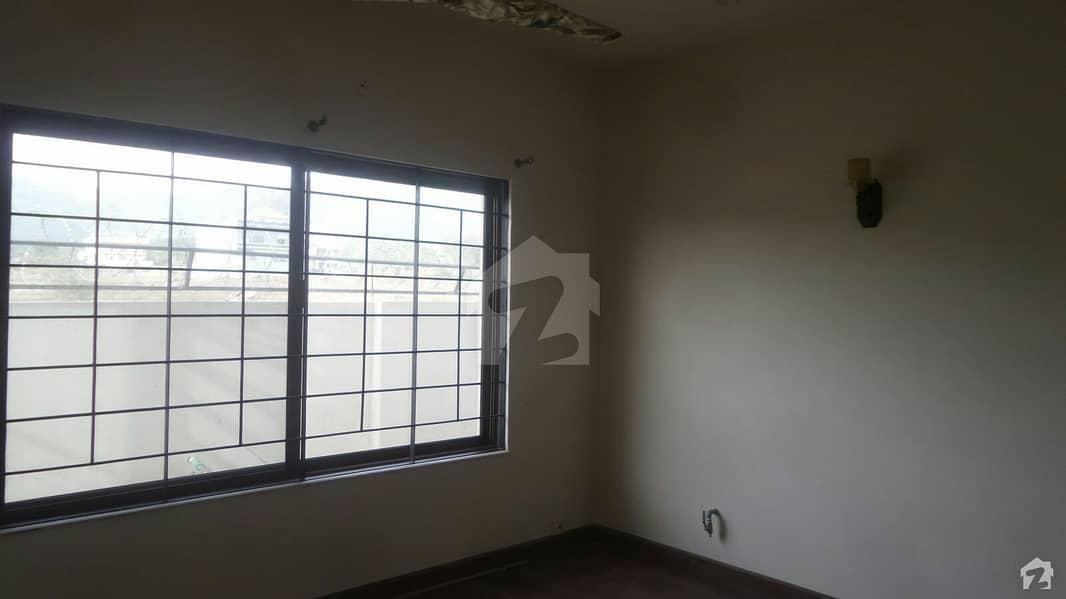 ڈی ۔ 12/3 ڈی ۔ 12 اسلام آباد میں 5 کمروں کا 10 مرلہ مکان 1.4 لاکھ میں کرایہ پر دستیاب ہے۔