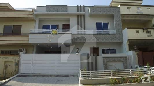 جی ۔ 13 اسلام آباد میں 6 کمروں کا 11 مرلہ مکان 3.5 کروڑ میں برائے فروخت۔