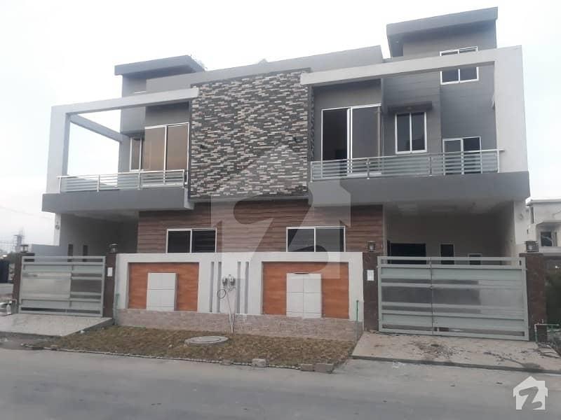 رائل آرچرڈ ملتان پبلک سکول روڈ ملتان میں 3 کمروں کا 5 مرلہ مکان 95 لاکھ میں برائے فروخت۔
