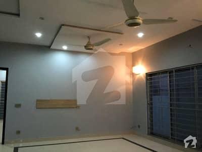 گلبرگ 3 گلبرگ لاہور میں 6 کمروں کا 10 مرلہ مکان 1.5 لاکھ میں کرایہ پر دستیاب ہے۔