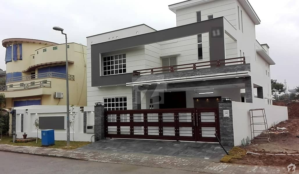 Sector C I kanal Brand New 6 Bed House