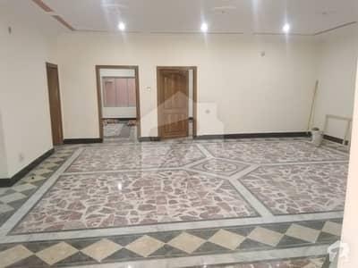 کینال روڈ پشاور میں 8 کمروں کا 15 مرلہ مکان 80 ہزار میں کرایہ پر دستیاب ہے۔