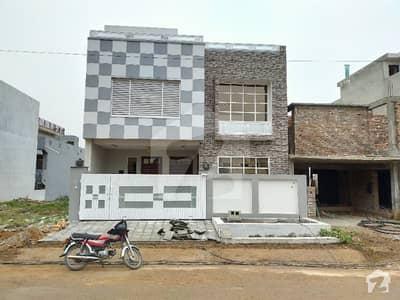 جناح گارڈنز فیز 1 جناح گارڈنز ایف ای سی ایچ ایس اسلام آباد میں 4 کمروں کا 8 مرلہ مکان 1.5 کروڑ میں برائے فروخت۔