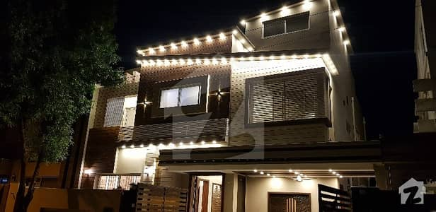 DESIGNER FINISHED 11 MARLA BRAND NEW HOUSE FOR SALE IN BAHRIA TOWN LAHORE