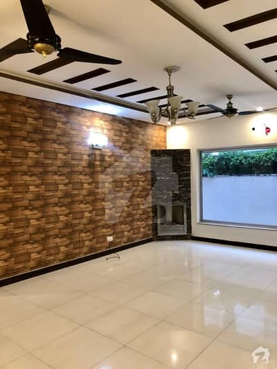 Beautiful One Kanal Bungalow For Sale