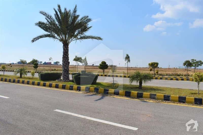 گرین سٹی اسلام آباد میں 10 مرلہ رہائشی پلاٹ 15 لاکھ میں برائے فروخت۔