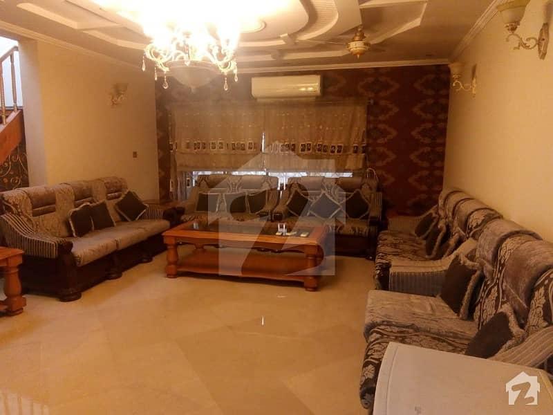 ڈی ایچ اے فیز 4 - بلاک ڈیڈی فیز 4 ڈیفنس (ڈی ایچ اے) لاہور میں 3 کمروں کا 1 کنال بالائی پورشن 50 ہزار میں کرایہ پر دستیاب ہے۔