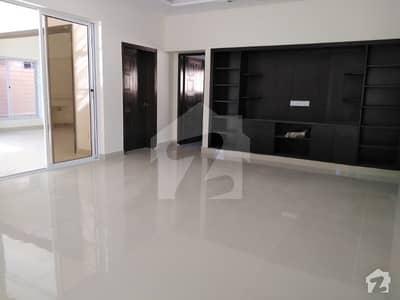 ایف ۔ 10 اسلام آباد میں 7 کمروں کا 2 کنال مکان 3 لاکھ میں کرایہ پر دستیاب ہے۔