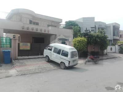 Lower Portion Is Available For Rent In Bahria Town - Safari Villas