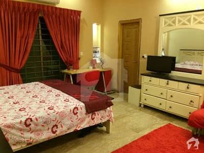 کینال ویو فیز 1 کینال ویو لاہور میں 3 کمروں کا 1 کنال بالائی پورشن 50 ہزار میں کرایہ پر دستیاب ہے۔