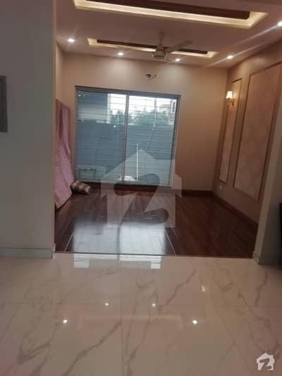 Brand New Luxury 5 Marla House For Rent