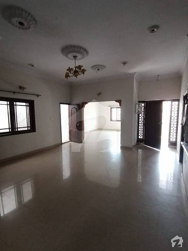 200 Square Yards Independent Single Unit House For Sale In  Gulshanemaymar  Sector X