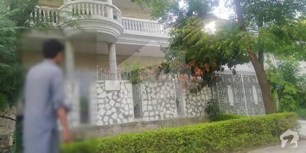 500  Sq Yd Double Storey House On Main Sumbal Road.