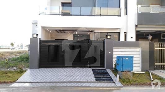 لیک سٹی - سیکٹر M7 - بلاک اے لیک سٹی ۔ سیکٹرایم ۔ 7 لیک سٹی لاہور میں 5 کمروں کا 7 مرلہ مکان 1.8 کروڑ میں برائے فروخت۔