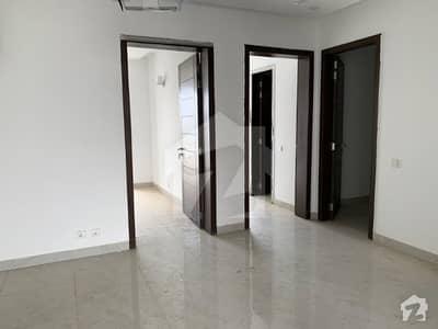 گلبرگ ریزیڈنشیا - بلاک آئ گلبرگ ریزیڈنشیا گلبرگ اسلام آباد میں 3 کمروں کا 7 مرلہ مکان 1.7 کروڑ میں برائے فروخت۔