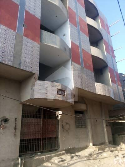 ال مدینہ ہاؤسنگ سوسائٹی کورنگی کراچی میں 2 کمروں کا 4 مرلہ بالائی پورشن 55 لاکھ میں برائے فروخت۔