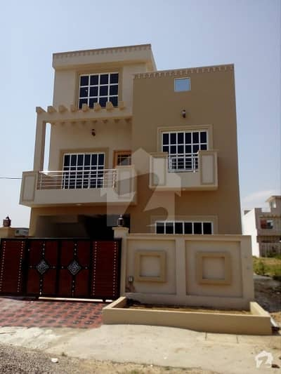 Brand  New House  For Sale   I-14/3 Near Rafah University