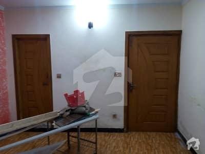 جی ۔ 7 اسلام آباد میں 5 کمروں کا 6 مرلہ مکان 1.2 لاکھ میں کرایہ پر دستیاب ہے۔