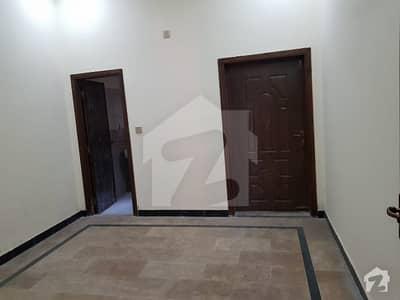 ایچ ۔ 13 اسلام آباد میں 5 کمروں کا 5 مرلہ مکان 40 ہزار میں کرایہ پر دستیاب ہے۔