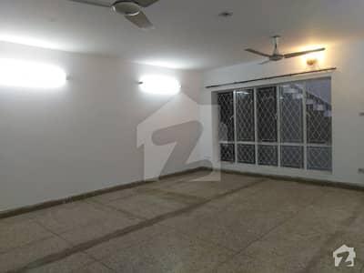 جی ۔ 10/3 جی ۔ 10 اسلام آباد میں 2 کمروں کا 1 کنال پینٹ ہاؤس 48 ہزار میں کرایہ پر دستیاب ہے۔