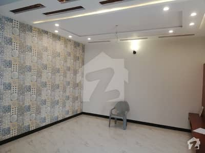 1 Kanal Independent Upper Portion Is Available For Rent
