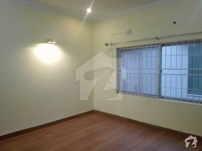 One Kanal Out Class Upper Portion For Rent