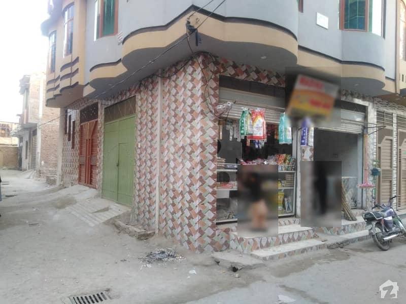 اعجاز آباد پشاور میں 5 کمروں کا 3 مرلہ مکان 25 ہزار میں کرایہ پر دستیاب ہے۔