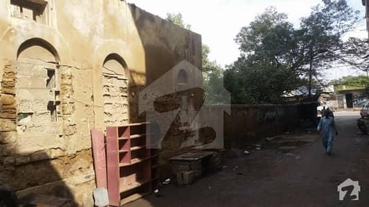 صدر ٹاؤن کراچی میں 3.3 کنال کمرشل پلاٹ 20 کروڑ میں برائے فروخت۔