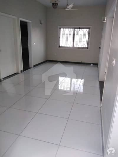 Phase 4  300 Yard Bungalow Available In Rent Available In Dha Karachi