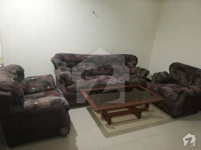 Unfurnished Flat Available For Rent