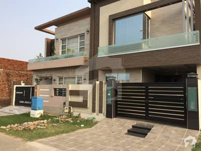 Near Dha 5 Marla Designers Brand New Double Unit House Near Park Main Road Gated Society 112 Lac